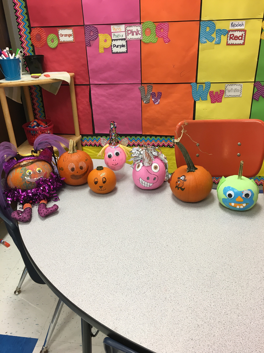 Kindergarten pumpkin book reports.