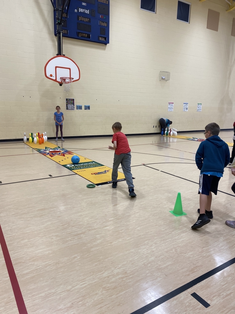 4th grade having fun with bowling